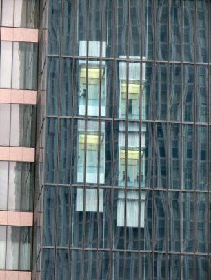 double_elevator_at_midland_square_nagoya